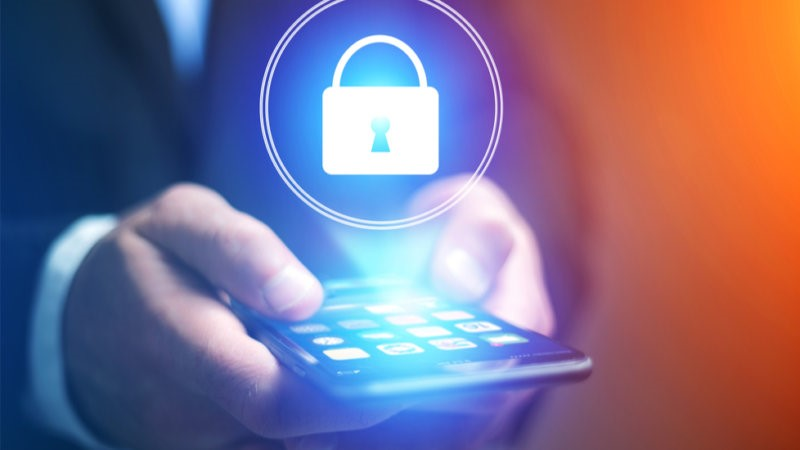 How secure is your mobile? 10 tips to keep you safe!